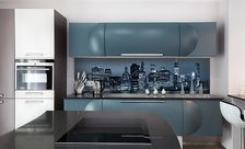 A-glass-city-kitchen-wall-murals-demur